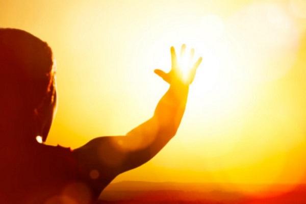 mo thay nang 3 - Nằm mơ thấy nắng là điềm báo gì? Đánh con gì?
