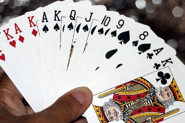 cach ghi nho 52 la bai 2 - Cách ghi nhớ 52 lá bài nhanh, hiệu quả nhất