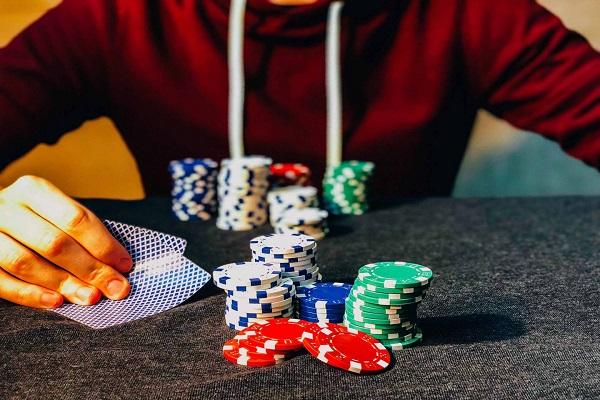 choi co bac co giau khong 2 - Chơi cờ bạc có giàu không? Cách làm giàu từ cờ bạc