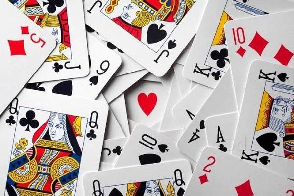 cac kieu choi bai tay 5 - Các kiểu chơi bài Tây 52 lá phổ biến hiện nay