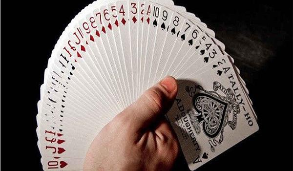 cac kieu choi bai tay - Các kiểu chơi bài Tây 52 lá phổ biến hiện nay