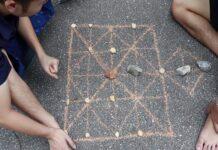 cach choi co ganh 1 218x150 - Hướng dẫn cách chơi cờ gánh (cờ chém) dân gian